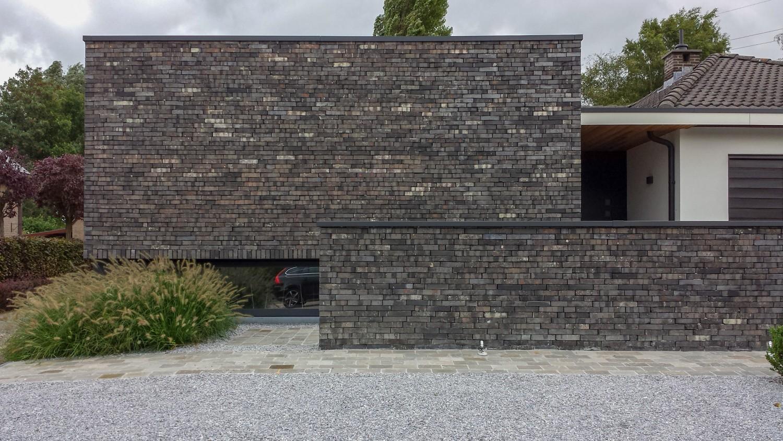 Uitbreiding bungalow met praktijk belsele goossens & partners